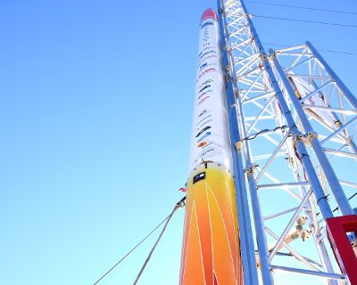 Delft Aerospace Rocket Engineering Stratos rocket at launch