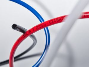 FLEXILON hoses overview in red, blue and black