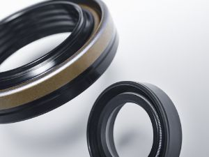 Rotary shaft seals overview: Cassette seal and black WDR type A seal